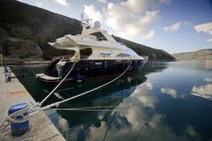 роскошная яхта мотора стоковое фото rf