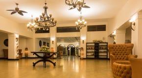 Роскошное африканское лобби четырёхзвёздочной гостиницы Стоковые Фото