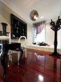 роскошное самомоднейшее изучение комнаты Стоковое фото RF