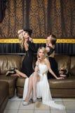 Роскошные девушки в платьях вечера красивейше Стоковое Фото