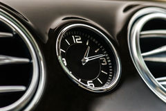 Роскошные детали интерьера автомобиля стоковое изображение rf