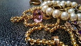 Роскошные ювелирные изделия золота Стоковое Изображение RF