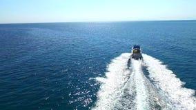 Роскошный курсировать яхты видеоматериал
