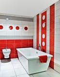 Роскошный образ жизни интерьера ванной комнаты стоковое фото rf