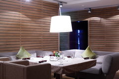 Роскошный ресторан в европейском стиле стоковое изображение rf