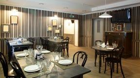 Роскошный ресторан в европейском стиле стоковая фотография rf
