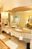 роскошь гостиницы ванной комнаты Стоковые Изображения