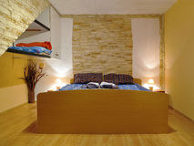 роскошь спальни уютная Стоковые Фото
