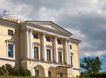 Россия. Дворец в Павловске, около Санкт-Петербурга стоковая фотография rf