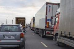 Россия, Москва, 30-ое апреля 2018, на шоссе автомобиля в движении, редакционном Стоковое Фото