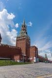 РОССИЯ, МОСКВА, 8-ОЕ ИЮНЯ 2017: Башня Spasskaya красный квадрат Стоковые Фото