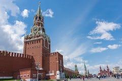 РОССИЯ, МОСКВА, 8-ОЕ ИЮНЯ 2017: Башня Spasskaya красный квадрат Стоковое Изображение