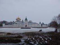 Россия Отключение к центральной России Зима Kostroma стоковые фото