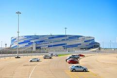 Россия - парк 11-ое июля 2017 Сочи олимпийский, шайба дворца льда Стоковое фото RF