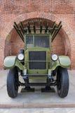 РОССИЯ - NIZHNY NOVGOROD 4-ОЕ МАЯ: система двигателя огня залпа 132 m Стоковое Изображение RF