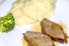 Ростбиф и картофельное пюре Стоковое Изображение