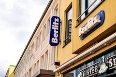Росток, Германия - 22-ое августа 2016: языковая школа Berlitz стоковая фотография rf