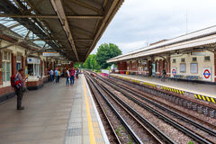 Роща Ladbroke станции метро в Лондоне, Великобритании Стоковая Фотография RF