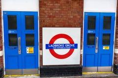 Роща Ladbroke станции метро в Лондоне, Великобритании Стоковая Фотография