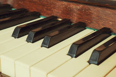 Рояль клавиатуры, взгляд со стороны инструмента мюзикл аппаратуры Стоковое Изображение