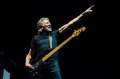 Роджер мочит (розовое Флойд) басовую гитару Стоковая Фотография RF