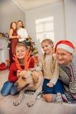 Родители и дети с любимчиком на празднике Стоковая Фотография