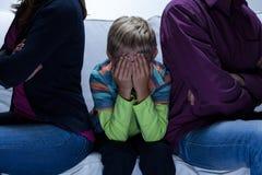 Родители с проблемами и ребенок стоковая фотография rf