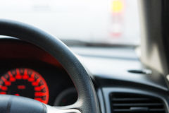 Родовое фото человека управляя автомобилем Стоковые Изображения
