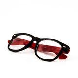 Родовые красные стекла моды. стоковое изображение