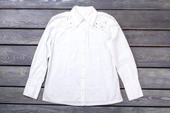 Рубашка белой женщины вид спереди Стоковое фото RF