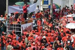 рубашка красного цвета протеста bangkok Стоковое Изображение