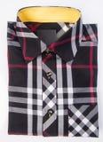 Рубашка рубашка людей на предпосылке Стоковое фото RF