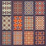 Рубашки карточек собрания ретро с этническими происхождениями Карточка приглашения с винтажными элементами дизайна Стоковое Фото