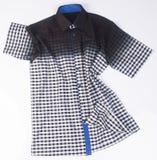 рубашки рубашки моды людей на предпосылке Стоковое Изображение