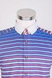 рубашки рубашки человека на манекене стоковые изображения rf