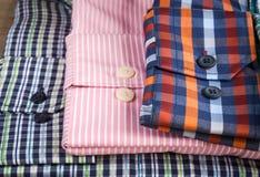 рубашки людей s Стоковое Фото