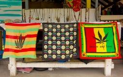 Рубашки Rasta для продажи в Вест-Инди Стоковые Фото