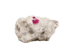 Рубиновые кристаллы на кварце стоковые фото