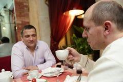 2 друз имеют завтрак Стоковые Фото