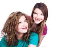 2 друз молодых женщин Стоковая Фотография