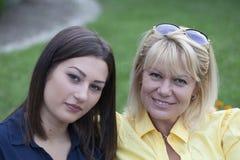 2 друз на проломе в парке Стоковые Фото