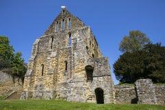 Руины аббатства сражения в восточном Сассекс Стоковая Фотография RF