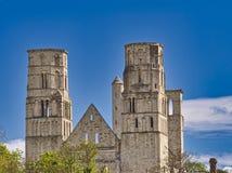 Руины аббатства Jumieges в северной Франции Аббатство руины монастыря построенного канонами регулярными в седьмом веке стоковые изображения