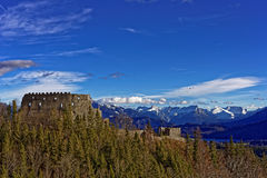 Руины Айзенберг замка в высокогорном ландшафте Стоковое Изображение