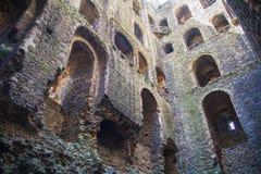 Руины двенадцатого века замка Rochester Замок и руины городищ Кент, юговосточная Англия Стоковое Фото