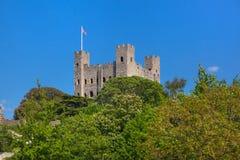 Руины двенадцатого века замка Rochester Замок и руины городищ Кент, юговосточная Англия Стоковые Фото
