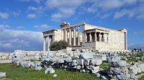 Руины виска Erechtheion на акрополе, Афина, Греции стоковое изображение