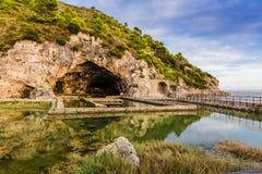 Руины виллы Tiberius в Sperlonga, Лацие, Италии Стоковое Фото