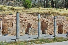 Руины в археологических раскопках древнегреческия Дэлфи Стоковая Фотография