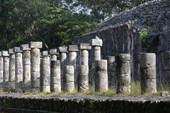 Руины в майяском археологическом месте Chichen Itza Стоковое фото RF